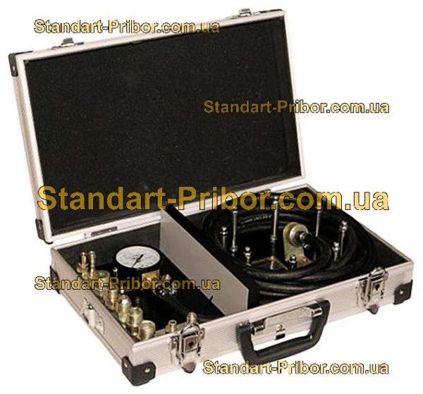 С0112 прибор для измерения давления в пневматическом тормозном приводе - фотография 1
